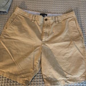 Men's shorts, banana republic size 36